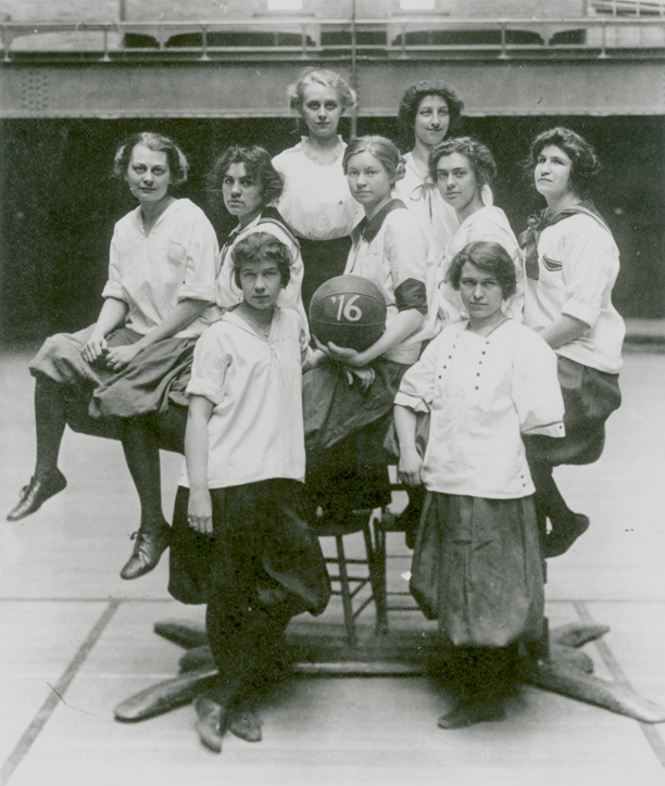 A team photo of the women's basketball team in 1916.