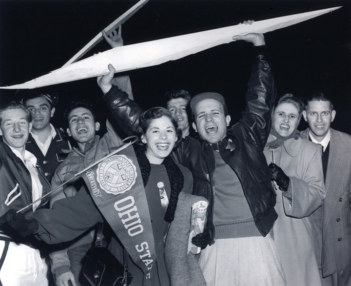 Students celebrate with banners